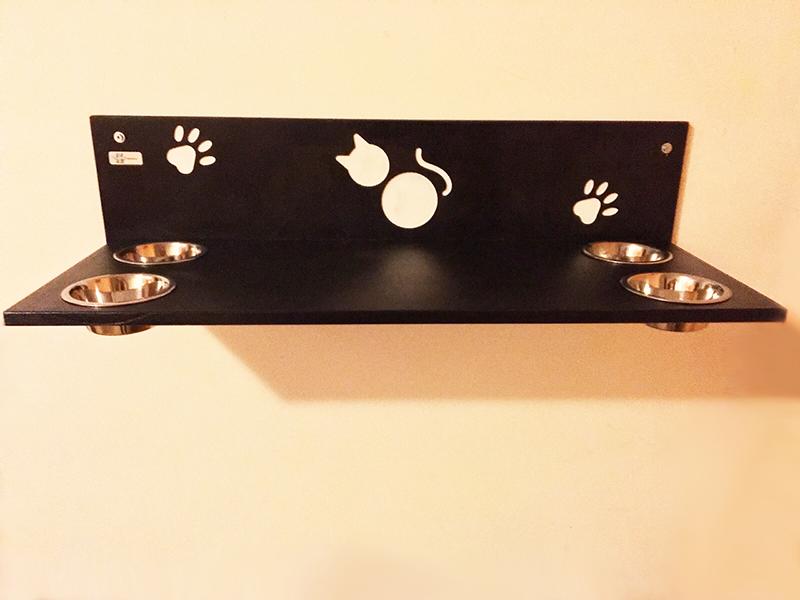 Cat shelf with 4 bowls
