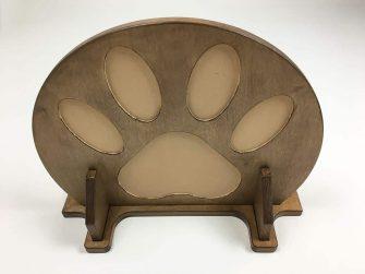 Rounded cat shelf